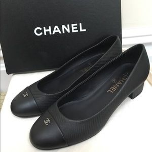 ❤️Authentic NEW With Tag Chanel Shoes 🔴❤️